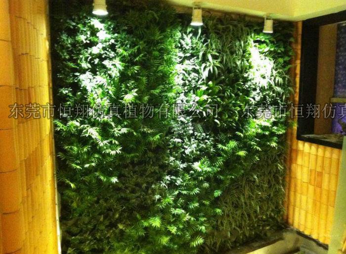 铁丝编织绿植景观图片.